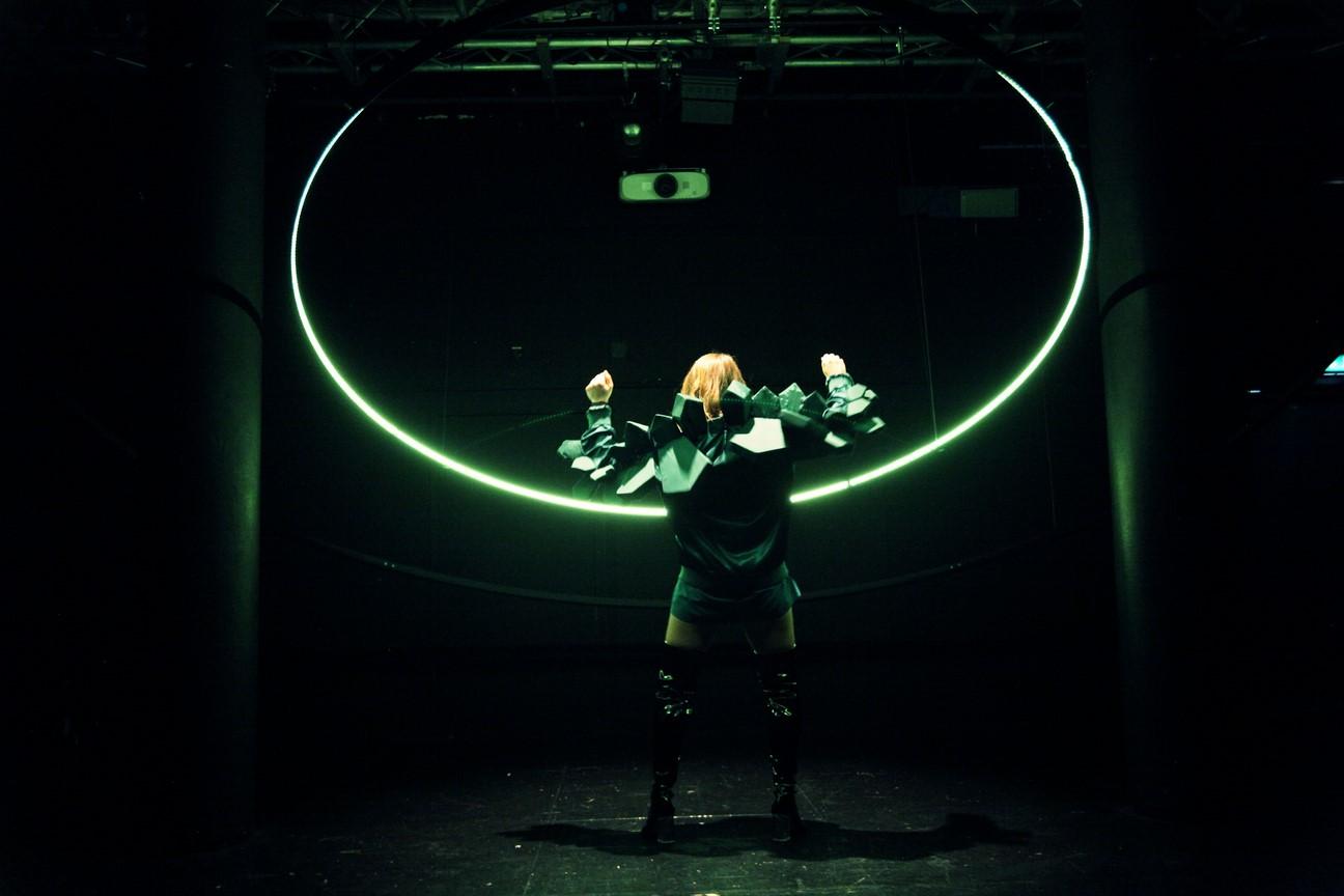 Bild11_#Heldnnen_Theater Bielefeld_Henrike Iglesias_Mascha Mihoa Bischoff_ Kostümdesign_Bühnenbild_Kostümbild (13c) (Kopie)