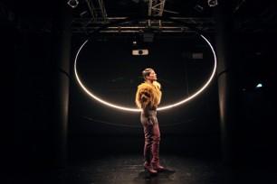 Bild1b_#Heldnnen_Theater Bielefeld_Henrike Iglesias_Mascha Mihoa Bischoff_ Kostümdesign_Bühnenbild_Kostümbild (14b) (Kopie)
