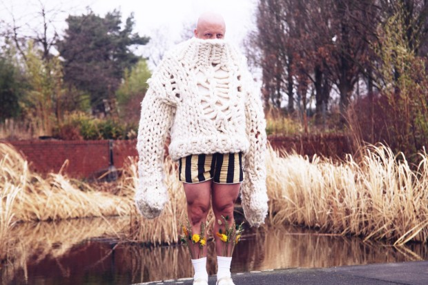 Die Abenteuer des starken Wanja_Ringlokschuppen Mühlheim_vorschlag hammer_Kristofer Gudmunson_Stephan Stock, Gesine Hohmann_Kostümbild_Kostümdesign_Kostüme_Mascha Mihoa Bischoff (3b)