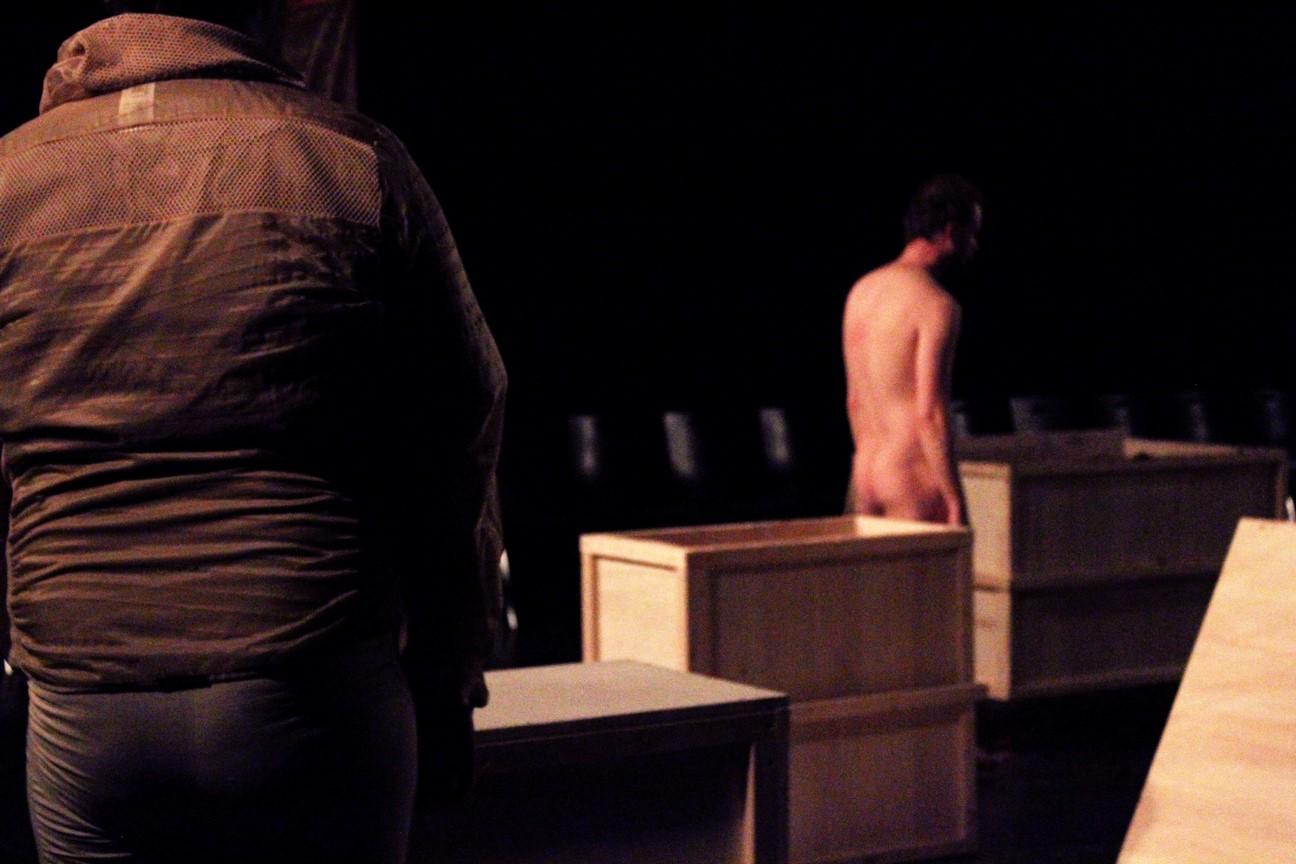 Kostüm_Die Ausgrabung_Regie vorschlaghammer_Kostümbild_ Mascha Mihoa Bischoff_Ringlokschuppen Ruhr_Foto Mascha Bischoff_Bild 11 (Kopie)