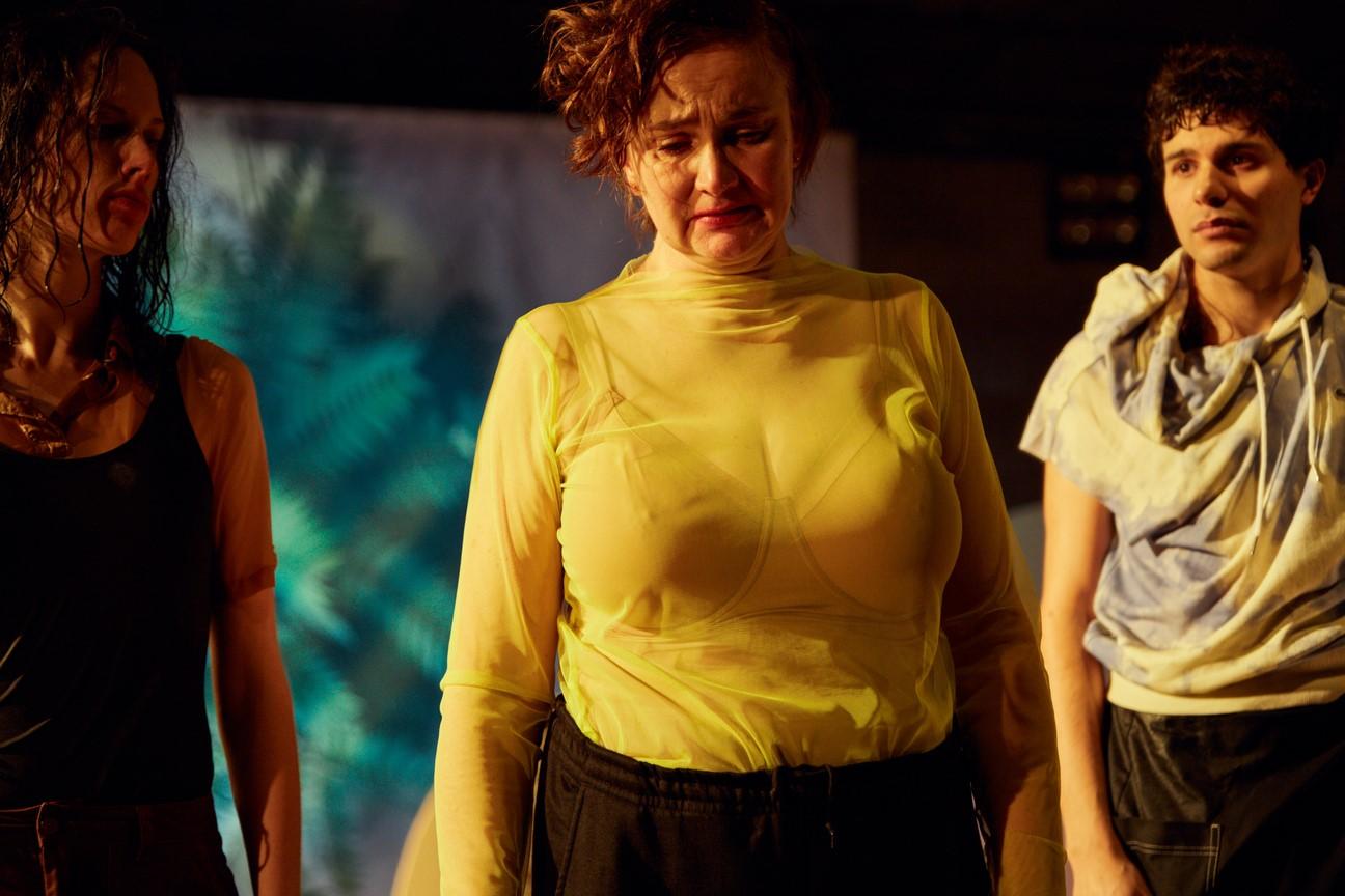 Münchner Kammerspiele_Yung Faust_Regie Leonie Böhm_Kostüme Mascha Mihoa Bischoff_Foto Julian Baumann_16 (Kopie)